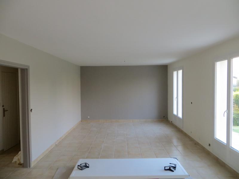 decoration peinture interieur best une porte condamne qui fait office de dco with decoration. Black Bedroom Furniture Sets. Home Design Ideas