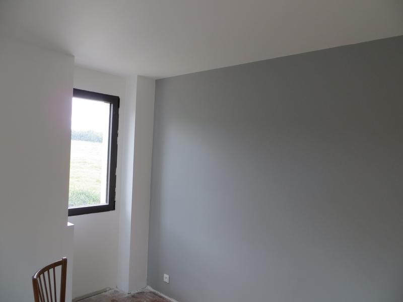Decoraval ravalement et peinture en bretagne for Peinture acrylique pour mur interieur